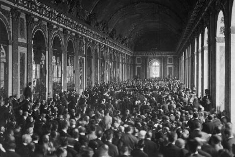 Versailles, 1919 : gagnez la paix !